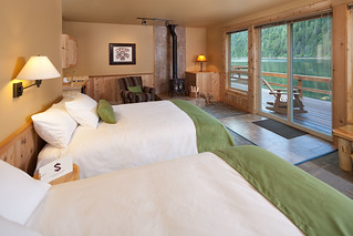 Alaska Salmon Fishing Lodge - Luxury 7