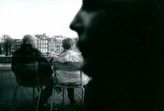 faces (akio.takemoto) Tags: street people film amsterdam blackwhite faces kodak tmax streetphotography persone biancoenero analogica pellicola 1000iso analogicphotography ricohaf5 tiraggiopellicola