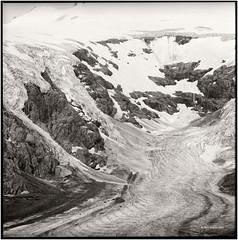 Pasterze_Hasselblad (ksadjina) Tags: 6x6 film analog austria blackwhite carinthia scan hasselblad500cm pasterze silverfast kodak100tmax nationalparkhohetauern adoxaph09 nikonsupercoolscan9000ed carlzeisstessar350mmf156