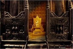 Un rayo de sol dorado -  the golden sun (bit ramone) Tags: sun sol ray pentax burma myanmar rayo buda budismo inwa birmania bitramone pentaxk5