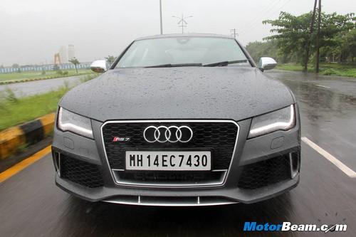 2014-Audi-RS7-05