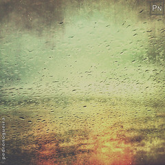 Rain on windshield (Pedro Nogueira Photography) Tags: pedronogueira pedronogueiraphotography photography iphone5 iphoneography outdoor cars rain raindrops windshield glass grunge water