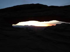 P1030378 (torra.mike) Tags: canyonlands islandinthesky mesaarch dawn sunrise
