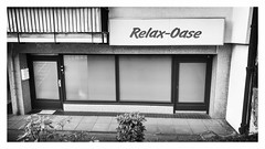 Relax (Antiteilchen) Tags: schmargendorf sw blackwhite white black schwarzweis weis schwarz prostitution bordell club beton glass glas oase relax deutschland germany berlin