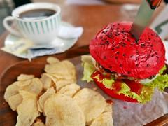 food shot with lumix lx100 (DOLCEVITALUX) Tags: hamburger redbuns bread philippines food meal coffee foodshot stilllife panasoniclumixlx100 lumixlx100 photoshoot