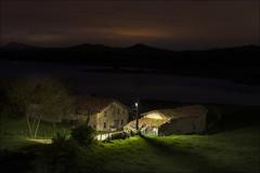 Primeras luces.... (Jose Cantorna) Tags: amanecer paisaje nature landscape pueblo nikon d610