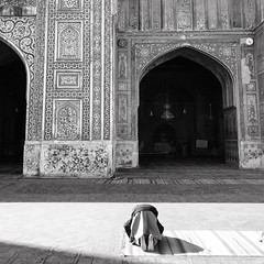 Praying! (saadia_khans) Tags: praying prayer nostalgia lahorediaries vaco travelphotography pakistan lahore travel wazirkhanmosque