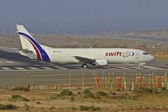 LPA/GCLP: swiftair Boeing B737-400F EC-MCI (Roland C.) Tags: airport laspalmas lpa gclp grancanaria spain aircraft boeing b737 b737f b737400f ecmci