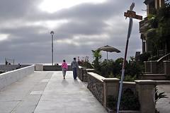 Toward the Strand (AntyDiluvian) Tags: california beach la losangeles hermosabeach strand thestrand dusk evening sunset tim linda strolling