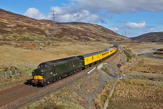 37057 tnt 37421 on the 1Q77 Mossend to Inverness at Dalnaspidal on the 15th April 2017