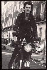 Sex Pistols 0146 (PostCardScan) Tags: punk postcard punkrock pil sidvicious anarchyintheuk stevejones holidaysinthesun johnnyrotten nancyspungen thesexpistols paulcook publicimageltd postcardscan johnlyndon