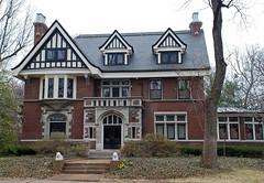 Skinker DeBaliviere neighborhood, St. Louis (ihynz7) Tags: house architecture stlouis neighborhood missouri historicdistrict skinkerdebaliviere localhistoricdistrict