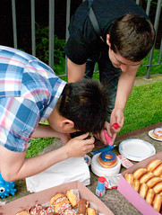 Documenting the donuts (chloe & ivan) Tags: sanfrancisco ca yahoo flickrhq dayofthedonut
