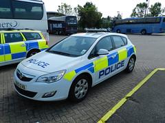 OU12EVB Hertfordshire Police Vauxhall Astra (graham19492000) Tags: police policecar vauxhallastra hertfordshirepolice ou12evb