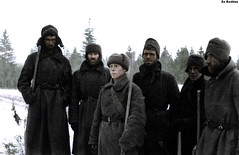 Red Army prisoners working in the winter (Za Rodinu) Tags: world 2 man men history vintage soldier war gun russia military rifle rifles front german weapon ww2 soldiers historical guns 1942 1945 rare troops 1944 1943