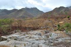 paisaje agreste (emmanuel orbe) Tags: mountain mountains landscape mexico nikon rocks paisaje acapulco 1855 montaa piedras