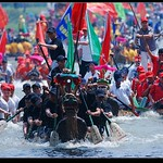 "Dragon Boat Festival <a style=""margin-left:10px; font-size:0.8em;"" href=""http://www.flickr.com/photos/92039376@N04/14172842488/"" target=""_blank"">@flickr</a>"