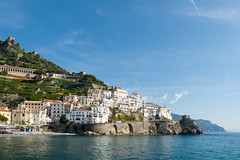 Some of the hotels at Amalfi coast. (Murilo Rego Neto) Tags: ocean travel blue sea summer vacation italy house tourism beach nature water rock architecture landscape bay coast harbor town europe mediterranean view outdoor scenic tourist coastal coastline amalfi d7100 costaamalfi