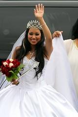 Princesca Wedding (Prayitno / Thank you for (9 millions +) views) Tags: wedding woman white tiara girl smile female pretty dress young marriage teen latina brunette smileplease konomark