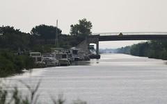 Port de Gallician sur le canal du Rhône à Sète  IMG_4642 (6franc6) Tags: 30 rando languedoc petite vélo gard camargue balade 2014 6franc6
