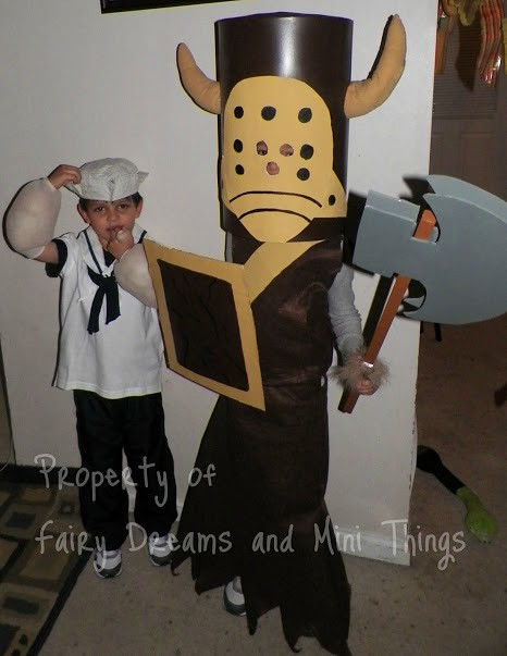castle crashers costumes how to make