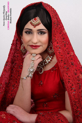 "Z Bridal Makeup Training Academy  64 • <a style=""font-size:0.8em;"" href=""http://www.flickr.com/photos/94861042@N06/14759234894/"" target=""_blank"">View on Flickr</a>"