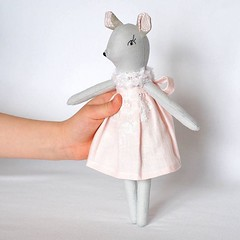"""10"""" (26cm) mouse doll is ready for play (just listed in my #etsyshop, link in bio) #jumatamade #dollmaker (Jumata Made) Tags: dollmaker handmadetoys stuffedtoy mouse linen collectible ooak girl children toys doll instagramapp square squareformat iphoneography"""