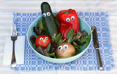 It's the little things... like Chickpeas's googly-eye pictures (Kerri Lee Smith) Tags: veggies vegetables salad cucumber redbellpeppers peppers tomatoes onions lunch chickpea googlyeyes itsthelittlethings