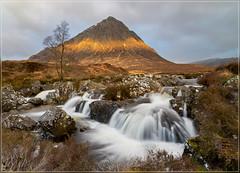 Een streepje licht (jos.pannekoek) Tags: buachailleetivemor waterfalls waterfall landscape glencoe scotland d500 tokina1116mmf28 tokinaaf1116mmf28 tokina