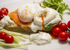 _D3S5919 (BobPetUK) Tags: rye bread poached eggs smoked salmon breakfast brunch salad garnish slice egg nutrition nutritious meal