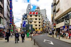 Shibuya Center Street : 渋谷センター街 (Dakiny) Tags: 2017 spring april japan tokyo shibuya shibuyacenterstreet city street people nikon d7000 sigma 1770mm f284 dc macro os hsm sigma1770mmf284dcmacrooshsm nikonclubit