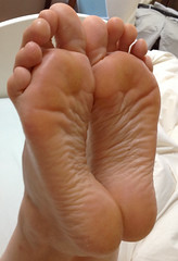 IMG_0405ed2 (thermosome) Tags: foot feet mature soles wrinkled milf
