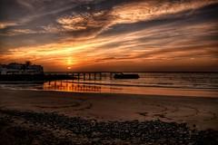 Luiz am Strand von Arrieta (gRuGo) Tags: sunrise arrietta lanzarote ocean water pier
