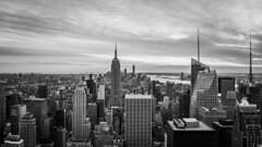 New York City (tinto) Tags: 2017 28mm fuji fujifilm fujilove fujix100t fujixseries manhattan mirrorless newyork nyc tintography vsco vscofilm wclx100 wideangel x100t usa empirestatebuilding bw blackandwhite skyline