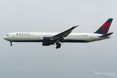 Delta Air Lines Boeing 767-432(ER)  |  N828MH  |  Amsterdam Schiphol - EHAM (Melvin Debono) Tags: delta air lines boeing 767432er | n828mh amsterdam schiphol eham melvin debono spotting canon 7d 600d plane planes airport airplane aviation aircraft netherlands holland