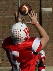 2008-11-01 0265 Oberlin at Wabash - Crawfordsville Indiana (Badger 23 / jezevec) Tags: wabash oberlin 20081101 galleryfootball football 橄榄球 американский футбол アメリカンフットボール 美式足球 अमरीकन फुटबाल αμερικάνικοποδόσφαιρο американскийфутбол fútbolamericano 풋볼 נושאשנויבמחלוקת pigskin gridiron americkýfotbal amerikanskfodbold ameerikajalgpall amerikkalainenjalkapallo footballaméricain foutbòlameriken amerikaifutball amerískifótboltinn amerikasepakbola footballamericano amerikāņufutbols amerikietiškasfutbolas amerikabolasepak americanfutbol amerikanskfotball futbolamerykański futebolamericano fotbalamerican americkýfutbal ameriškinogomet defútbolamericano amerikanskfotboll amerikanfutbolu
