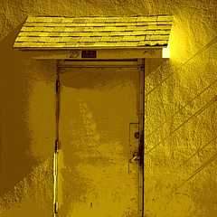 door on dore (msdonnalee) Tags: door yellow jaune puerta shingles explore amarillo amarelo gelb giallo porta porte minimalism fx tr posterized