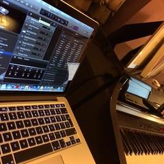 Mini Studio (Deydodoe) Tags: cameraphone apple st mac laptop albans iphone macbookpro appleiphone