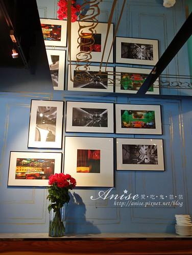 18 cafe 007.jpg