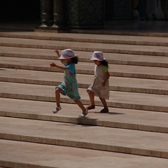 Little girls playing (10-us) Tags: girls play steps mosque morocco maroc casablanca marokko 2014 hassanii
