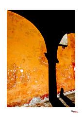 """Omaggio a """"Presenze assenze"""" (Sandro Amici) Tags: colore perugia arco arancio nikond7000"""