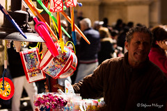 Passion 2 (OldStyleSte) Tags: canon flickr passion sicily fotografia festa colori sicilia palloncini marsala calia paese processione settimanasanta crocifissione sacroeprofano venditoreambulante semenza gongiabili nocciline