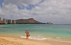 Longing (jcc55883) Tags: ocean hawaii nikon waikiki oahu pacificocean diamondhead waikikibeach yabbadabbadoo d40 nikond40