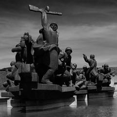 vstavai, strana ogromnaya (diatoscope) Tags: monument nikon ukraine soviet ww2 kiev киев україна київ ppsh d7000 меморіальнийкомплекснаціональниймузейісторіївеликоївітчизняноївійни форсированиеднепра