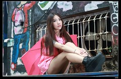 nEO_IMG_DP1U0021 (c0466art) Tags: light red portrait beauty face rain ava wall female canon painting nose eyes funny asia pretty day outdoor quality picture cloth 1dx colorfulo c0466art