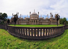 Brighton Pavilion (gillybooze) Tags: architecture brighton day cloudy vista allrightsreserved
