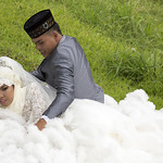 Malay wedding - groom and bride XOKA0031bs thumbnail