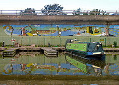 Canal art (picqero) Tags: england art canals colourful