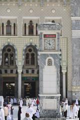 jam (laviosa) Tags: family candid haram mecca umroh 2014 mekkah jabalrahmah masjidil masjidilharam jabaltsur arminareka pullmangrandzamzam