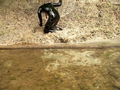 IM000242 (hymerwaders) Tags: wet high mud boots used thigh gloves damaged muddy overknee catsuit pvc schlamm kaputt nass stiefel overkneestiefel lackoverall lackhandschuhe